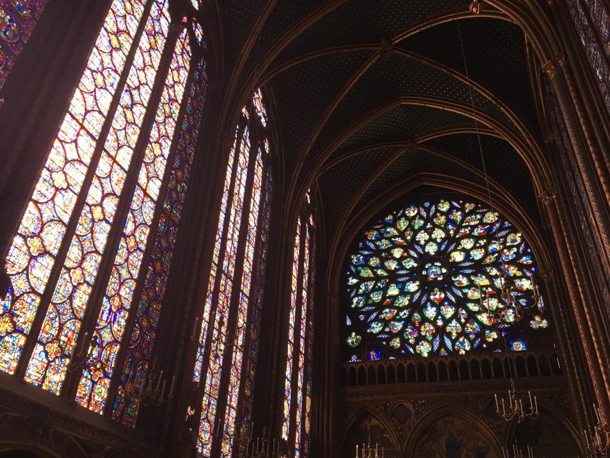 De cómo la corona de Jesucristo acabó en París